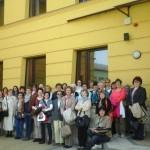 A tagság a Bálint Ágnes Kulturális Központ előtt