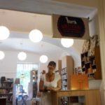 Hol Bolt, Hol Nembolt - Rongykutya könyvesbolt, Sátoraljaújhely - a Papírszínház bemutatása