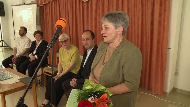 5Balla Mária Kellner Bernát-díj kép (kapos.hu).jpg