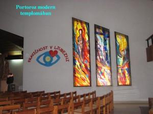 Portoroz modern templomának üvegablakai