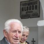 Szabó Ernő bemutatja a tájházat