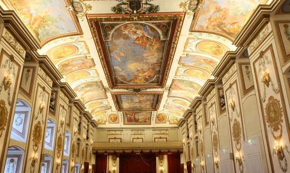 A Haydn terem freskói Forrás: http://esterhazy.at/