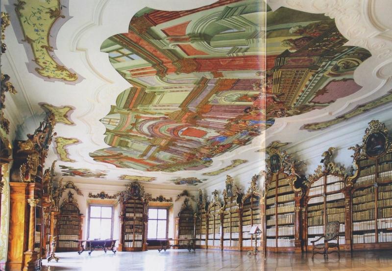 A teológia könyvtárterme