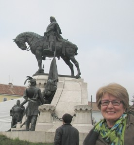 Mátyás király szobránál Kolozsváron
