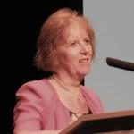 Sepsey Tamásné dr. Vígh Annamária a könyvtáros életpályakép új lehetőségeit ismerteti