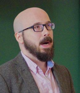 Mészáros Zoltán bemutatja a Zeutschel digitális technikáját
