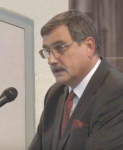 Dr. Hörcsik Richárd országgyűlési képviselő előadását tartja